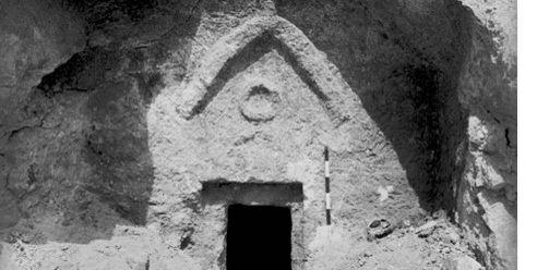 """L'archeologo israeliano annuncia: """"Ecco la vera tomba di Gesù…"""""""